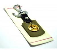 Брелок для авто металлический с гравировкой 'MERСEDES' хром с позолотой