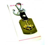 Брелок для авто металлический с гравировкой 'NISSAN' хром с позолотой